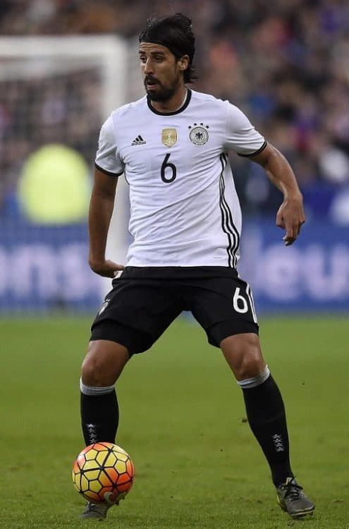 Germany's midfielder Sami Khedira controls the ball during the friendly football match France vs Germany, on November 13, 2015 at the Stade de France stadium in Saint-Denis, north of Paris. AFP PHOTO / FRANCK FIFE / AFP / FRANCK FIFE