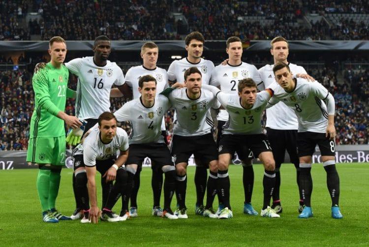 Die deutsche Nationalmannschaft beim Freundschaftsspiel gegen Italien in München am 29.März 2016. / AFP / CHRISTOF STACHE
