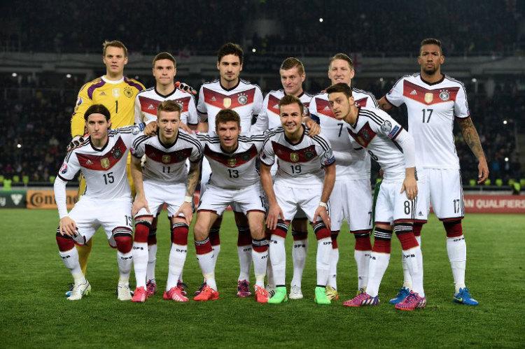 Die deutsche Startelf gegen Georgien im März 2015 (Foto AFP)
