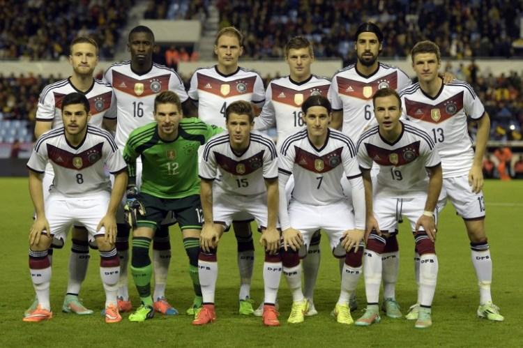 Länderspiele 2015 - hier die Startaufstellung gegen Spanien 2014 (Foto AFP)