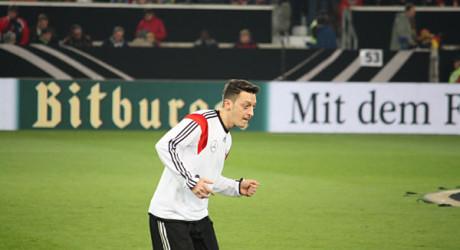 Mesut Özil: FC Barcelona angeblich mit Interesse