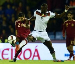 Antonio Rüdiger beim Länderspiel gegen Spanien am 18.November 2014. (AFP PHOTO / JAVIER SORIANO)