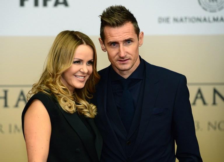 Miroslav Klose mit Frau Sylwia Klose (AFP Foto)