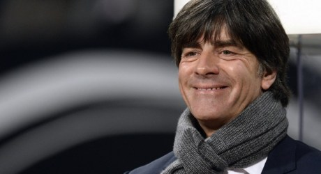 Vertragsverlängerung: Bundestrainer Löw verlängert bis 2018