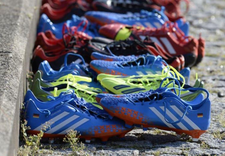 Fußballschuhe der Fußballnationalmannschaft zur WM 2014 (Foto AFP)