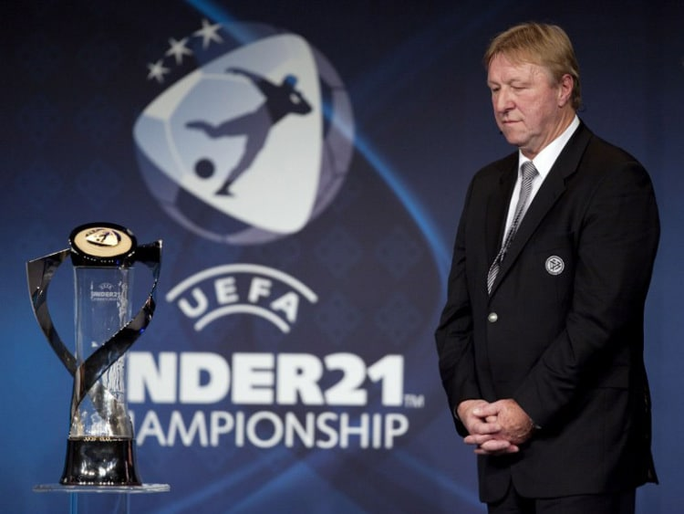 U21 Nationaltrainer Horst Hrubesch vor der EM 2011 in Dänemark (AFP PHOTO/SCANPIX/Bo Amstrup)