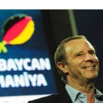 Berti Vogts am 7.Juni 2011 in Baku, Azerbaijan. AFP PHOTO / JOHANNES EISELE
