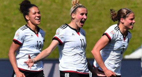 EM-Qualifikation: Neid beruft Magull und Islacker
