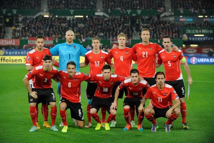 Österreichs Nationalmannschaft beim Hinspiel gegen Russland AFP PHOTO / CHRISTIAN BRUNA