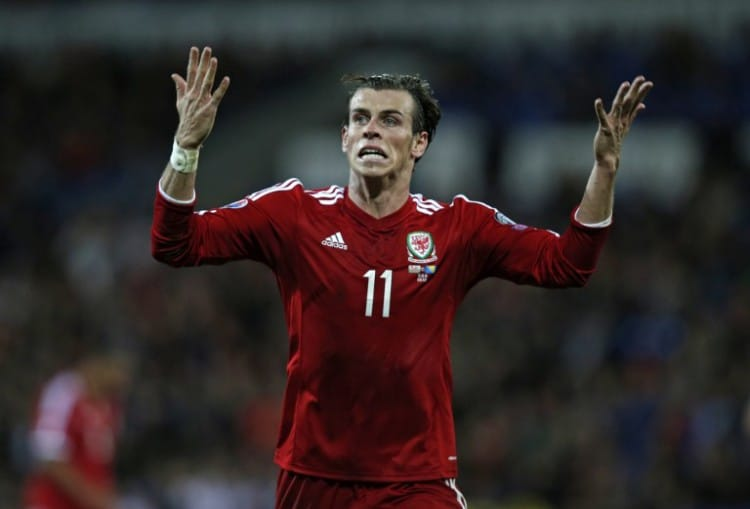 Gareth Bale beim Euro 2016 Qualifier gegen Bosnien-Herzegowina im Cardiff City Stadium in Cardiff am 10.Oktober 2014. AFP PHOTO / ADRIAN DENNIS