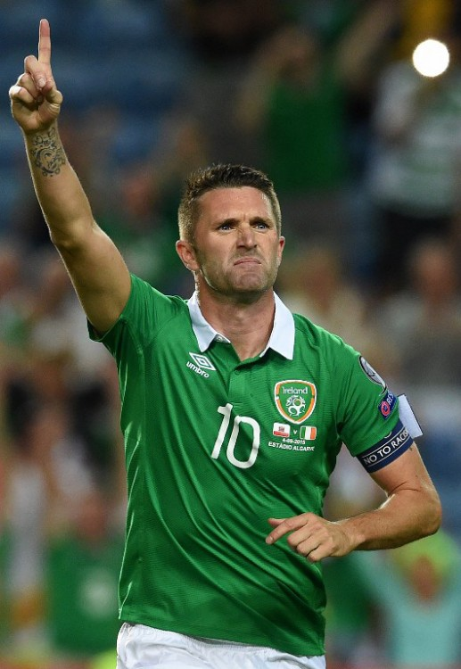 Robbie Keane im grünen Irland-Trikot am 4.September 2015. AFP PHOTO/ FRANCISCO LEONG