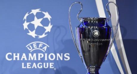 Fußball heute *** Wer spielt heute? Champions League * Gladbach vs. Glasgow ** Eindhoven vs. Bayern * Bayern gewinnt 1:2 * Gladbach spielt 1:1