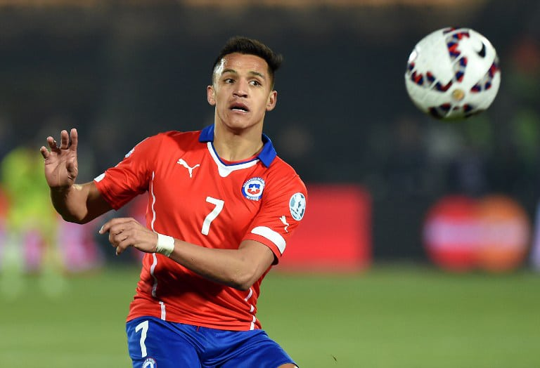 Chile's Stürmer Alexis Sanchez bei der Copa America 2015. AFP PHOTO / PABLO PORCIUNCULA