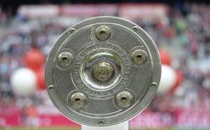 Die Meisterschale der deutschen Bundesliga. AFP PHOTO / CHRISTOF STACHE