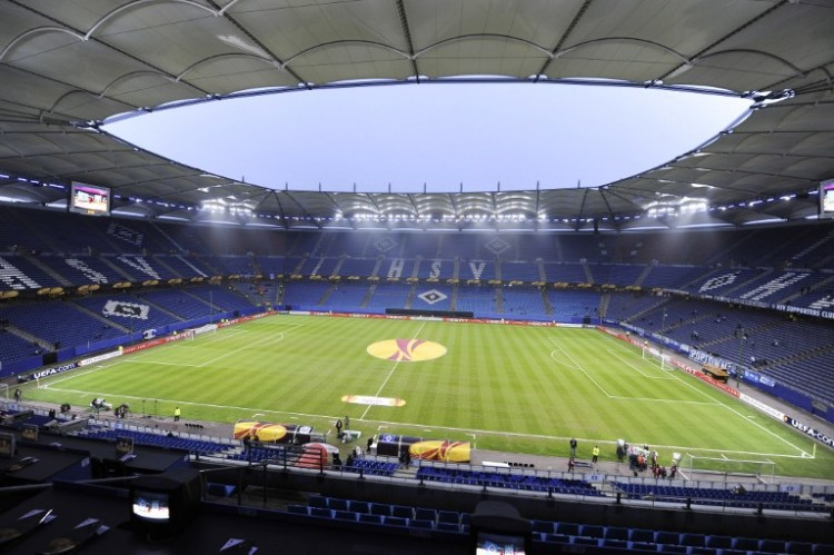 Die HSH Nordbank Arena in Hamburg's. AFP PHOTO / JOHN MACDOUGALL