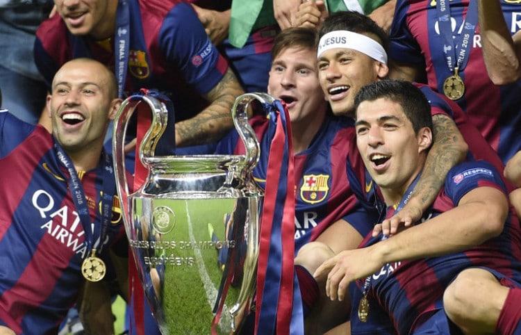 (Von links aus) Javier Mascherano, Lionel Messi, Neymar da Silva Santos Junior und Luis Suarez feiern den Gewinn des UEFA Champions League Finales 2015 - Gewinner gegen Juventus Turin. AFP PHOTO / LLUIS GENE