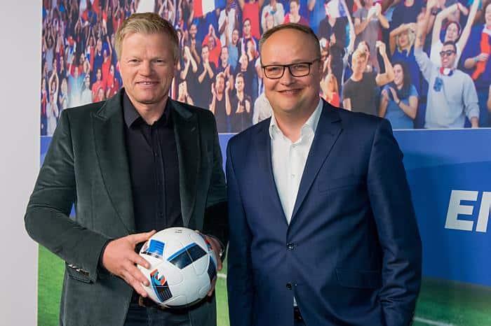 ZDF Livestream Polen gegen Schweiz ab 15 Uhr - EM 2016 Spielplan heute: Oliver Kahn und Oliver Welke (Copyright: ZDF/Svea Pietschmann)
