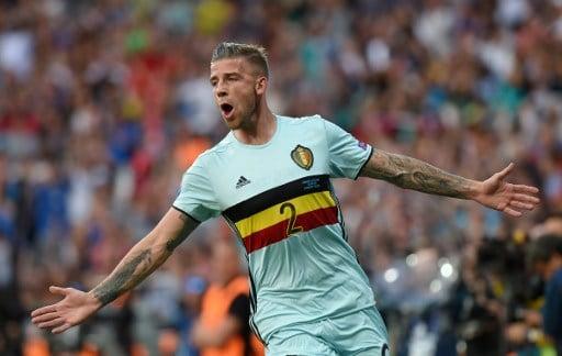 Belgiens Toby Alderweireld celebrates zum 1:0 für Belgien!   / AFP PHOTO / Rémy GABALDA