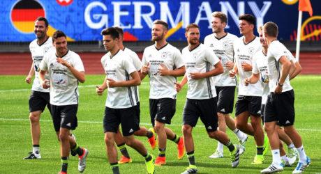 DFB Pressekonferenz heute mit Manuel Neuer & Jonas Hector * Fußball EM 2016