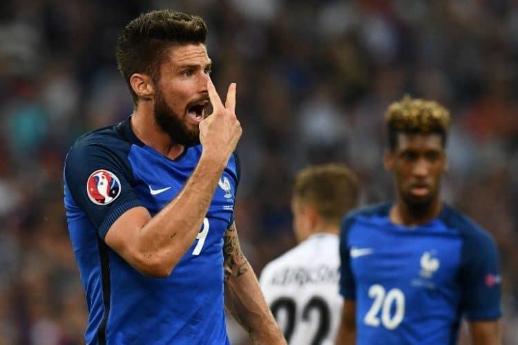 Olivier Giroud beim Spiel gegen Albanien. / AFP PHOTO / FRANCK FIFE