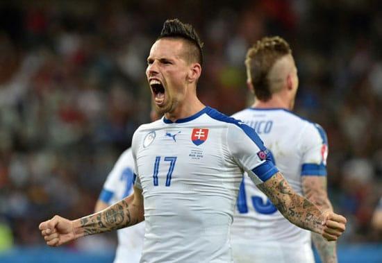 Marek Hamsik erzielt gegen Russland das 2:0  / AFP PHOTO / PHILIPPE HUGUEN
