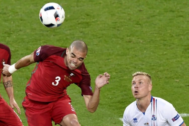 Portugal's Pepe (AFP PHOTO / JEAN-PHILIPPE KSIAZEK)