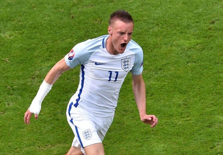 England's Jamie Vardy beim Spiel gegen Wales in Lens am 16.Juni 2016. / AFP PHOTO / PHILIPPE HUGUEN