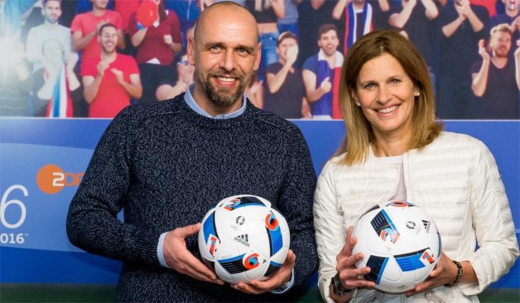 Holger Stanislawski und Katrin Müller-Hohenstein heute im ZDF beim EM-Viertelfinale Wales - Belgien