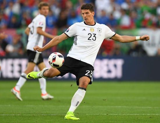 Mario Gomez - bisher nicht im Glück! PATRIK STOLLARZ / AFP