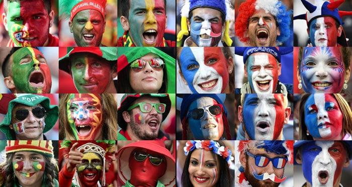 Portugals und Frankreichs Fans vor dem Euro 2016 Finale im Stade de France in Saint-Denis, nördlich von Paris am 10.Juli 2016. / AFP PHOTO