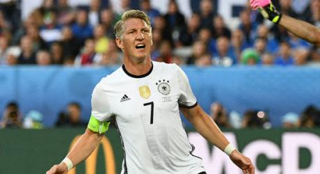 Fußball-Nationalmannschaft: Bastian Schweinsteiger tritt zurück!