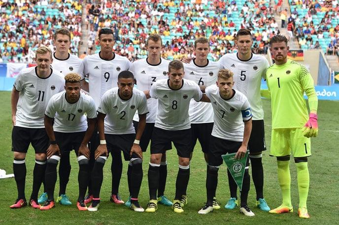 Die deutsche Männer U23-Fußballnationalmannschaft bei den Rio 2016 Olympic Games vor dem ersten Vorrundenspiel gegen Südkorea am73.August 2016. / AFP PHOTO /  NELSON ALMEIDA