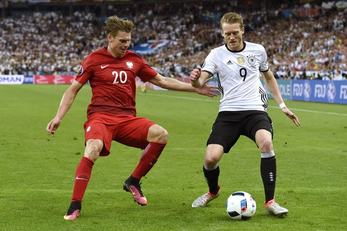 Schürrle im EM-2016 Spiel gegen Polen. / AFP PHOTO / MIGUEL MEDINA