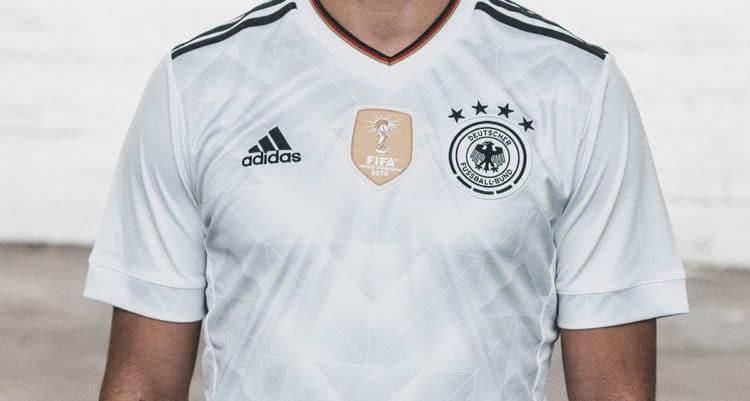 Das neue Deutschland Trikot 2017 im Detail (Copyright adidas presse)