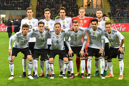 Die deutsche Startelf gegen Italien heute (Foto AFP)