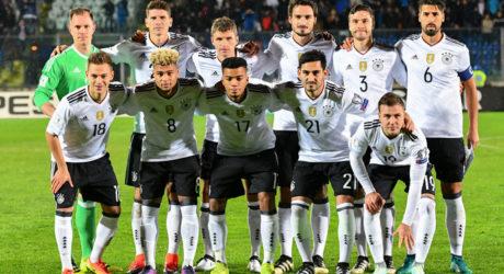 Aufstellung heute Abend im neuen DFB Trikot 2017 *** Deutschland gegen Italien ***
