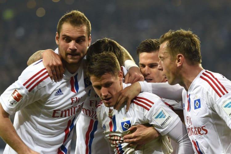 Der HSV ist der einzige Club, der von Anfang an in der Bundesliga spielt und niemals abgestiegen ist! AFP PHOTO / TOBIAS SCHWARZ