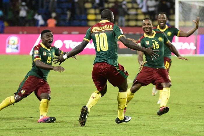 Kameruns Spieler feiern den Einzug ins Finale des Africa-Cup 2017! AFP PHOTO / KHALED DESOUKI