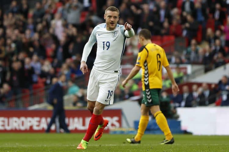 England's Torgarant und Stürmer Jamie Vardy gegen Litauen im Wembley Stadium in London am 26.März 2017. / AFP PHOTO / Adrian DENNIS