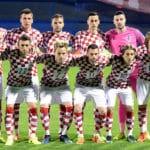 Die Nationalmannschaft von Kroatien in der Startaufstellung gegen Ukraine in Zagreb am 24.März 2017 in der WM 2018 Qualifikation. / AFP PHOTO / STRINGER