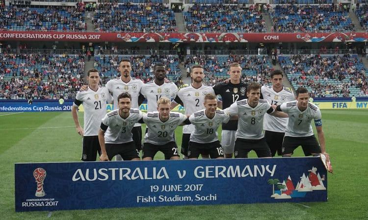 Die deutsche Startaufstellung gegen Australien am 19.Juni 2017 – Deutschland gewinnt mit 3:2. Foto AFP