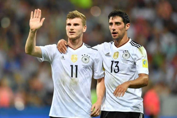 Werner (links) mit dem 3:0 - Stindl freut sich mit! Foto AFP