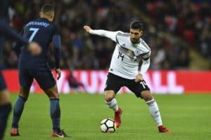Emre Can im neuen DFB Trikot 2018 beim Länderspiel gegen England. (Foto AFP)