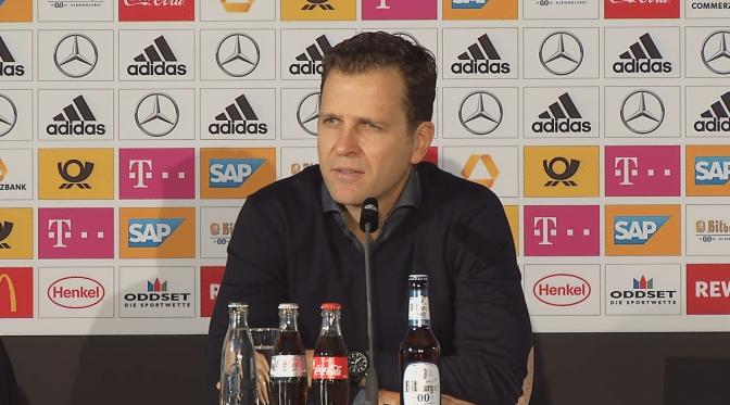 Oliver Bierhoff auf der DFB-Pressekonferenz