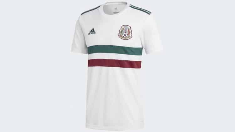 Das neue Mexiko Auswärtstrikot für die WM 2018 von Adidas, dieses mal mit ausgefallenem Design und in weiß! Photo: Adidas Presse.