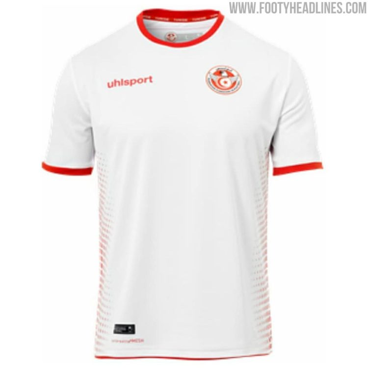 Tunesiens WM 2018 Heimtrikot von Uhlsport. Photo: Footyheadlines.
