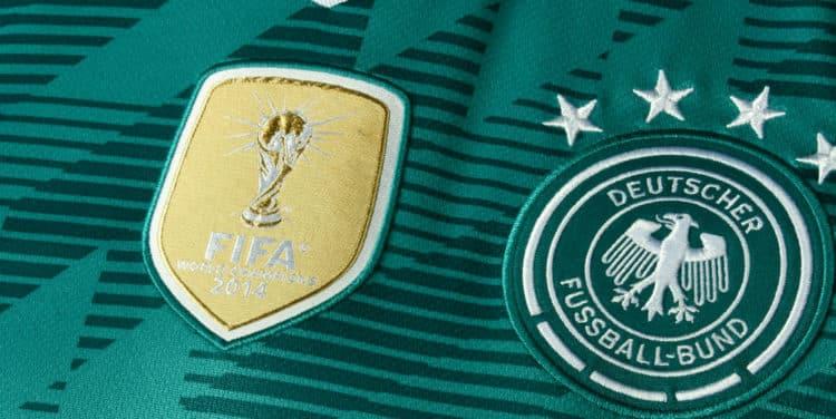 Das neue Auswärstrikot des DFB von Adidas im Detail. Photo: Adidas Presse.