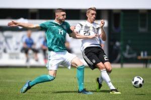 Nils Petersen beim Testspiel gegen die U20 am 30.Mai 2018 im Trainingslager in Südtirol mit der Rückennummer 25. / AFP PHOTO / POOL / MARKUS GILLIAR