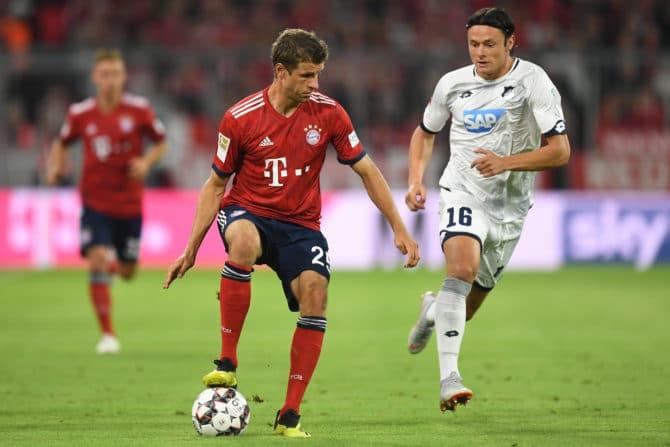 Thomas Müller freut sich auf den Bundesliga-Restart! / AFP PHOTO / Christof STACHE