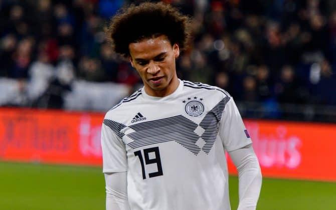Leroy Sane im DFB Trikot von 2019 in der Fußball EM 2020 Qualifikation (Foto Shutterstock)